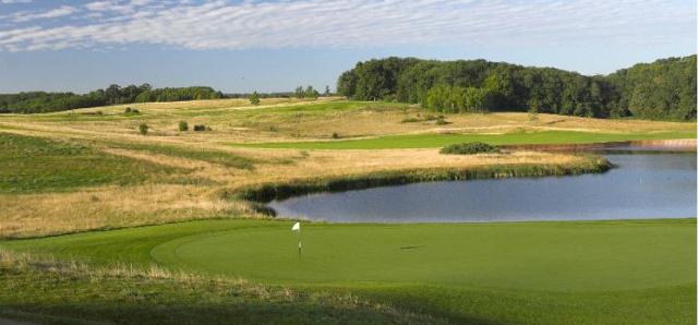 London Golf Club - 8th Green